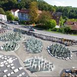Ausstellung alle Grabsteine Luftbild