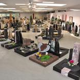 Ausstellung Urnengräber