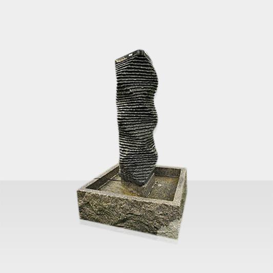 Brunnen aus Naturstein Modell Brunnen Avantgarde