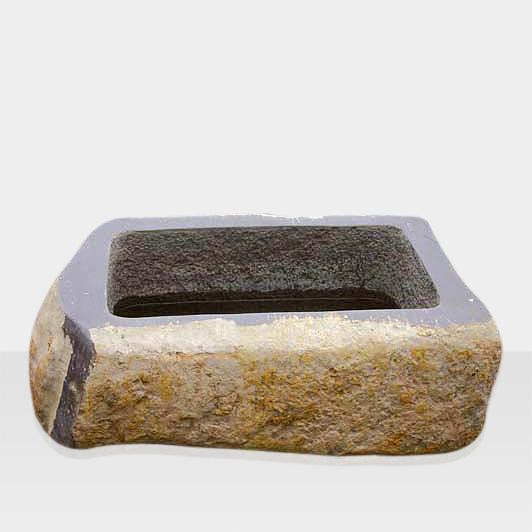 Brunnen aus Naturstein Modell Brunnenbecken aus Naturstein