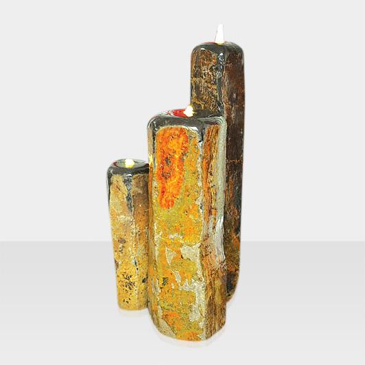 Brunnen aus Naturstein Modell Quellsteinbrunnen beleuchtete Stelen