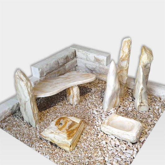 Weißes Gartensteinensemble mit gelber Maserung